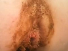 Mulher fazendo sexo anal com o cu sujo