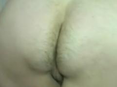 Mulher com cu e bunda peluda peidando molhado